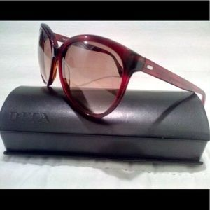DITA  large frame Sunglasses w/ original case!